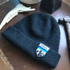 Black Coal Mountain Beenie